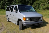 2005 Ford E350 Extended Van XL Super Duty