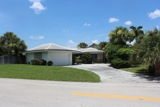 2223±SF 3/2 Singer Island Pool Home on Canal