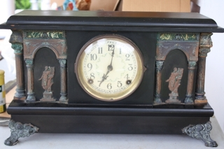 Sessions 8-Day Clock