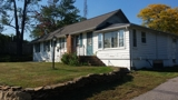 AUCTION 1Bedroom HOME IN HEART OF LAKE DELTON/ Zoned commercial