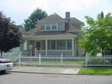 Comfortable West Side 2 BR Home!