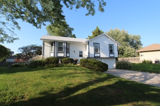 GONE! Absolute Real Estate Auction for Warren & Linda Brown