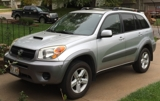 nice household auction w/2004 Toyota RAV-4