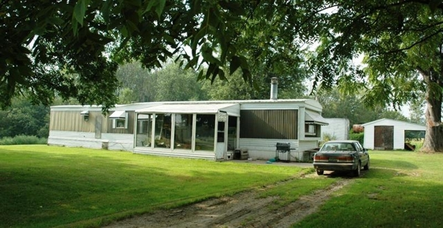 saranac mature singles Sold - 6900 wildwood park park, saranac, mi - $152,500 view details, map and photos of this single family property with 2 bedrooms and 1 total baths mls# 17017436.