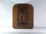 ONLINE ONLY - ANTIQUE RADIOS