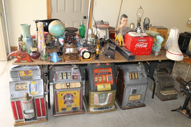 bf6f1a7773590 Country Americana Estate Auction - The Auction Mill