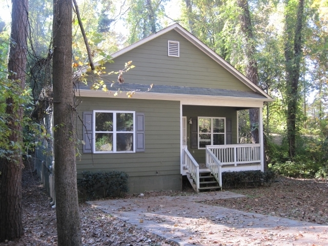 ABSOLUTE AUCTION 3986 Baker's Ferry Road SW, Atlanta