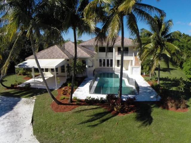 Auction of Estate Home in Island Country Estates