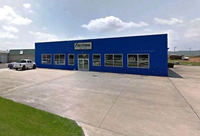 Absolute Auction of 9,868±SF Commercial Bldg in Lebanon, KY