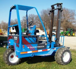 : Case 670 diesel skid loader