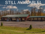 ABSOLUTE COMMERCIAL REAL ESTATE AUCTION - RESTAURANT with LIQUOR LICENSE ON 27 ACRES WITH MINI GOLF COURSE