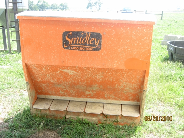 ag sale feeder used sold april for equipment pax a image item feeders auction hog