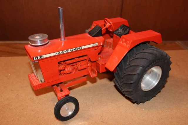550+ LOTS OF COLLECTOR TOYS FROM THE SCHILTZ FAMILY - Maring