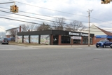 4,100+ SQ FT RETAIL BUILDING - TRAFFIC LIGHT INTERSECTION