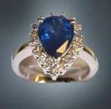 EXQUISITE CERTIFIED 14K WHITE GOLD RING MOUNTED WITH BLUE SAPPHIRE AND DIAMONDS. MUST SEE!