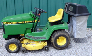 John Deere Riding Lawn Mower LX176