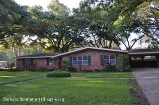Beautifully Updated 3Bdr/2Ba House For Sale In Martin Park Alexandria, LA