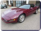 Low-Mileage 1993 CORVETTE/ 2014 HARLEY with Only 28 Miles/ 2002 LINCOLN LS V8/ Antiques and Household Furnishings