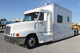 2001 Freightliner FTL T/A Toter Road Tractor