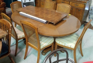 Drexel Dining Table & 6 Chairs