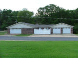 ~~~ FOR SALE ~~~ 3 BR / 2 BA HOME ~~~