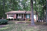 IMMACULATE 3 BR/3 BA HOME in LAKE of the WOODS