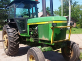 John Deere Tractors & Farm Machinery