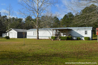 HOME FOR SALE AT AUCTION IN BENTLEY, LOUISIANA