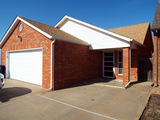 2/27 PATIO HOME • COUNTRY CLUB NORTH ENID OK • ADJACENT LOT