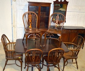 Duncan Phyfe-Style Table & Chairs