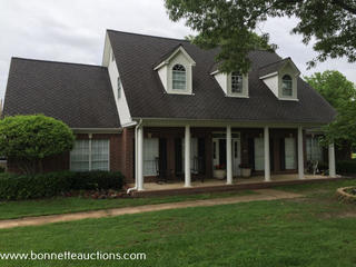 HOME FOR SALE AT AUCTION WHITE OAK, TEXAS