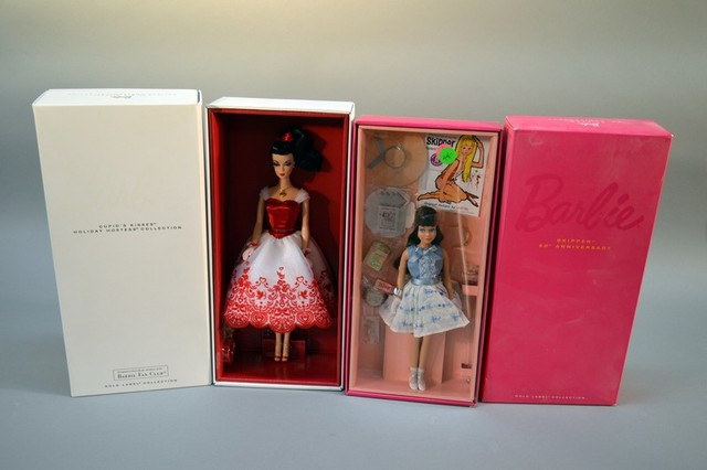 Large Simulcast Barbie Betsy Mccall Auction Bob Mackie Fashion Model Platinum Label Robert Best More Aaa Auction Service