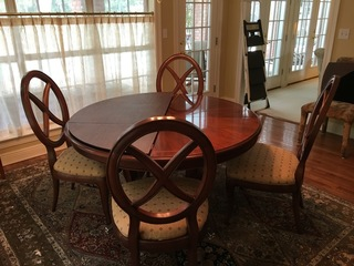 Exquisite Dining Room Table and Chairs