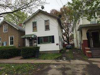 ABSOLUTE AUCTION - To Settle Estate! 3 Bedroom Single Family Home!