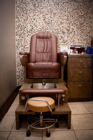 High End Premium Salon And Spa Furniture Fixtures And