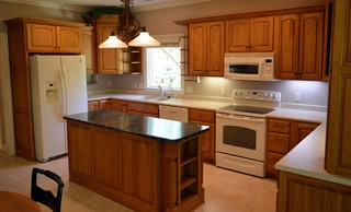 Spacious Kitchen with Island & Harlan Cabnetry