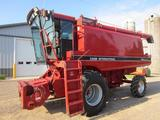 Case IH 1620 Combine & Heads