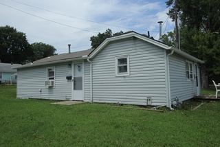 NO RESERVE Investment Property Online Auction Event- #6 - 802 Walnut, Indpendence