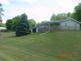 2 Bedroom home on 5 Acres