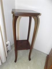"Lot# 102 - 34"" Tall Side Table/Stand:"