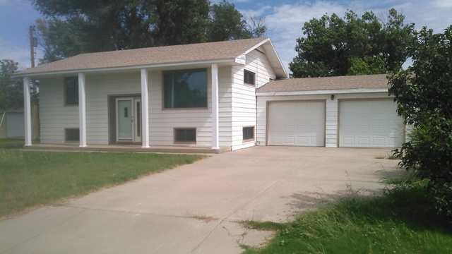 split level home with oversized garage the canny team
