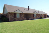 10/27 BEAUTIFUL BRICK HOME * ENID, OK