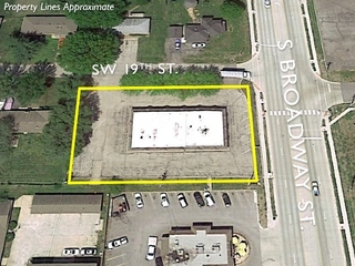 GONE! Commercial Property Auction: 4,896 SF Office Building | Oak Grove, MO