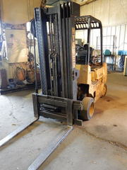 Hyster Fork Lift (Propane), 2500 Lb Capacity,