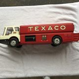 Collector Toys and Toy Related Items Auction