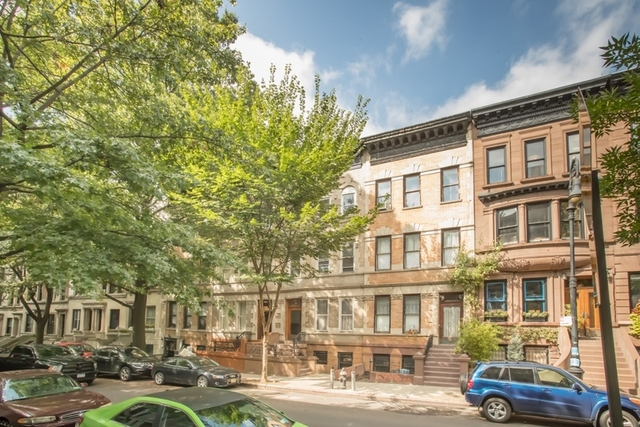 4 100 sq ft brownstone maltz auctions for 19 hamilton terrace nyc