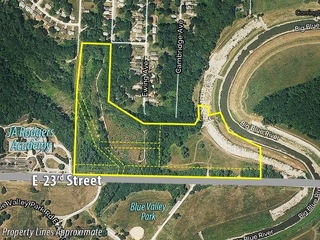 GONE! No Reserve Online Auction: Development Land | Kansas City, MO BIDDING ENDS TODAY!