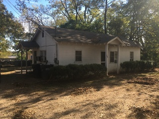 Rental home in Eatonton, GA share lot 202 N Madison Ave