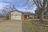 (DERBY) ABSOLUTE - 3+BR, 3-BA HOME W/ 2-CAR GAR.