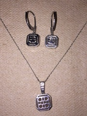 Beautiful Wedding Enement Ring Combo Matching Diamond Gold Earrings Necklace From Local Omaha Divorce Marital Estate
